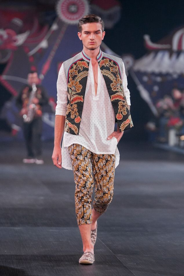 Denny Wirawan – Pasar Malam – The Actual Style