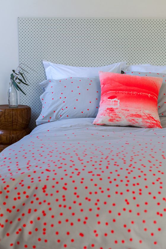 Feliz-1-Design Crush / neon bedding. spots and neon orange