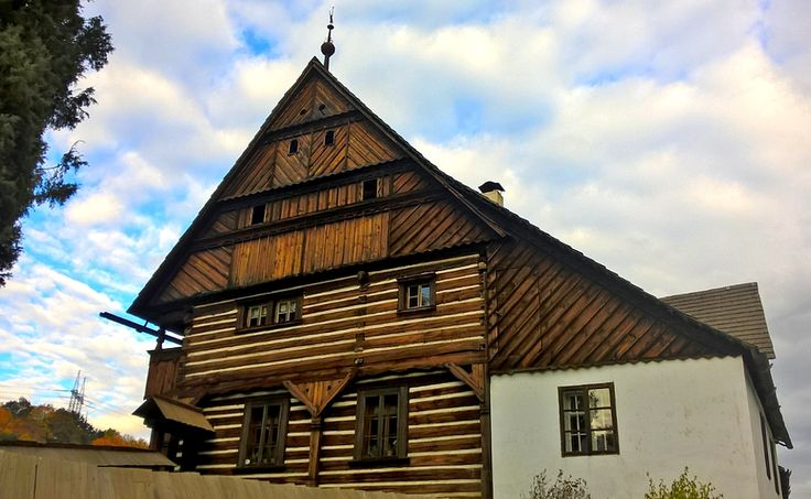 Dlaskův statek (Dlask's farm) in Dolánky