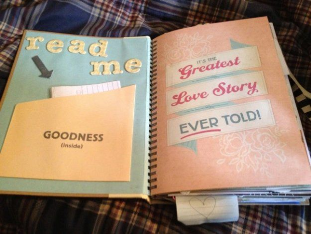 The Story of Us Scrapbook | Valentines Day Ideas for Him, see more at: http://diyready.com/valentines-day-ideas-for-him/