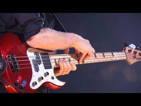 BILLY SHEEHAN - bass solo at the Budokan, Feb 2009.