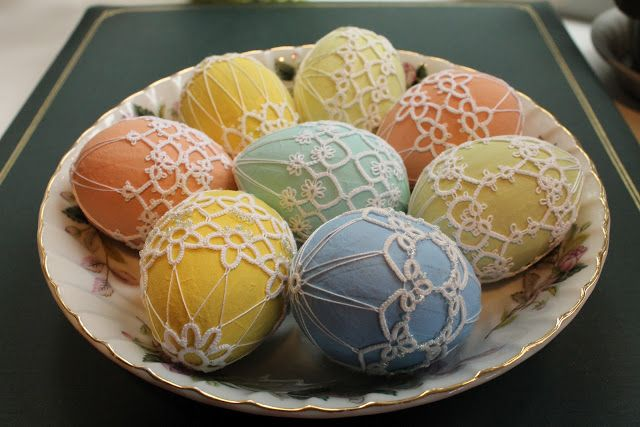 Tatting on eggs.  Could do on ornaments for Christmas.