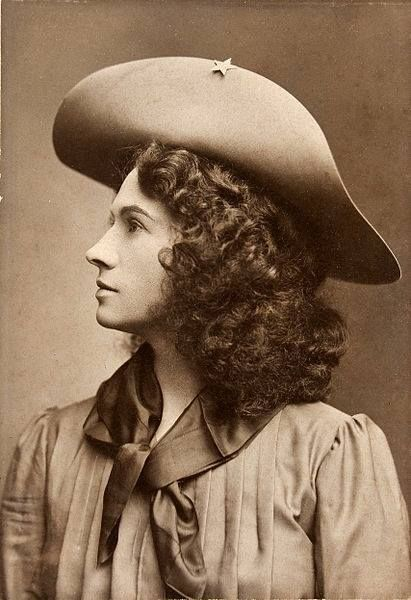 Legendary sharpshooter Annie Oakley. She was the first woman Buffalo Bill hired…