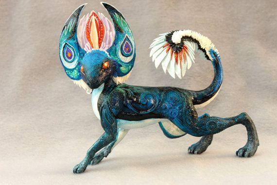 Große Drachen Figur blau fantasy Kunst Skulptur von DemiurgusDreams
