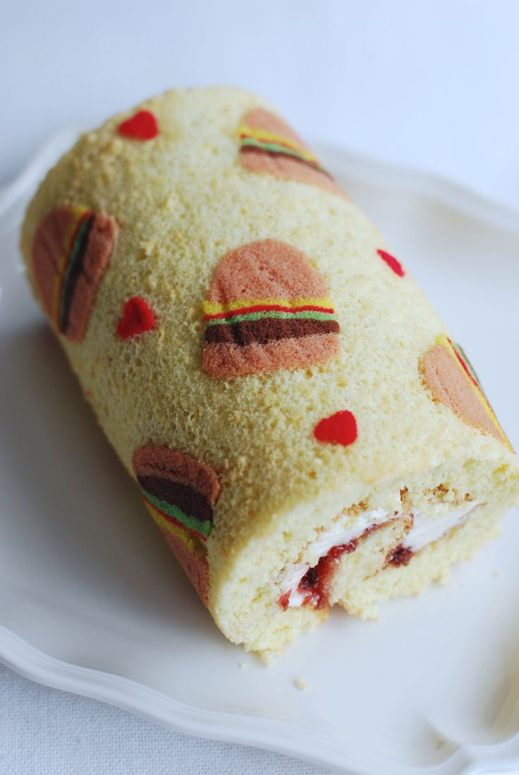Halloween Decorated Cake Roll : 448 best images about Cake Decorating on Pinterest Snow ...