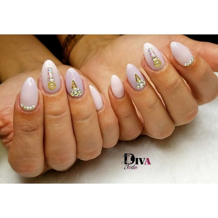 Salon de beauté Ongles Cils Nails Art