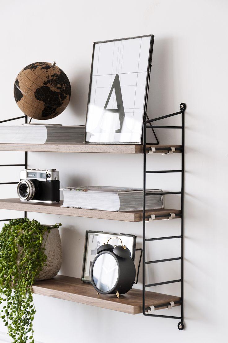 Descubre las nuevas estanterías Pocket, ideales para tu zona de escritorio. Las tenemos en negro, gris y blanco.#deco #inspiration #kenayhome.
