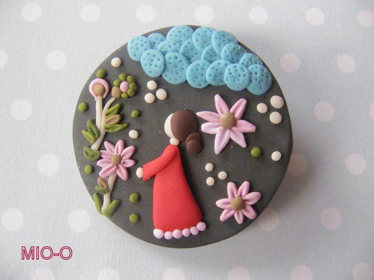 Ansteckbroschen - Brosche Blumen Mädchen - ein Designerstück von MIO-O bei DaWanda