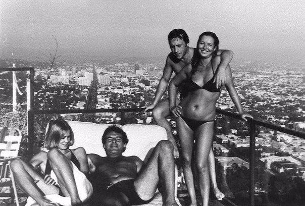 Джессика Лэнг, Милош Форман, Владимир Высоцкий и Марина Влади.  Лос-Анджелес, 1976 г.