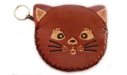Monedero Gato Café. Monedero en cuero con opción de llavero. Visítanos en tuakiti.com #monedero #purse #gato #cat #llavero #keyring #keychain #tuakiti