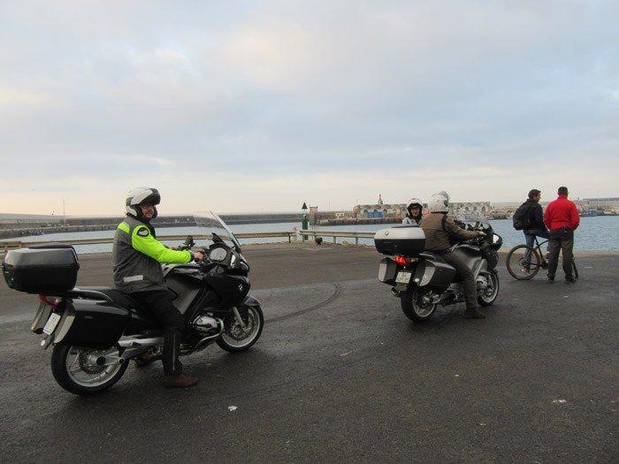 Travessia de ferry Tarifa (Espanha) - Tanger (Marrocos). Roteiro de viagem de mota a Marrocos