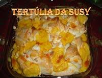 Farófias no forno com leite condensado e caramelo de leite http://tertuliadasusy.blogspot.pt/2013/01/farofias-no-forno-com-leite-condensado.html
