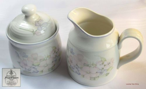 Royal-Doulton-CHELSEA-Creamer-with-Covered-Sugar-Bowl