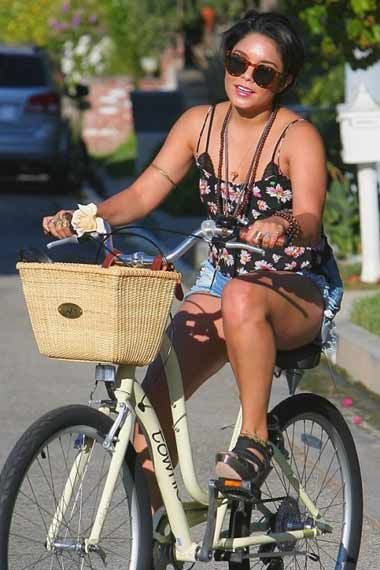 Vanessa Hudgens Looking Sexy On Her Cycle Cyclingcelebrities