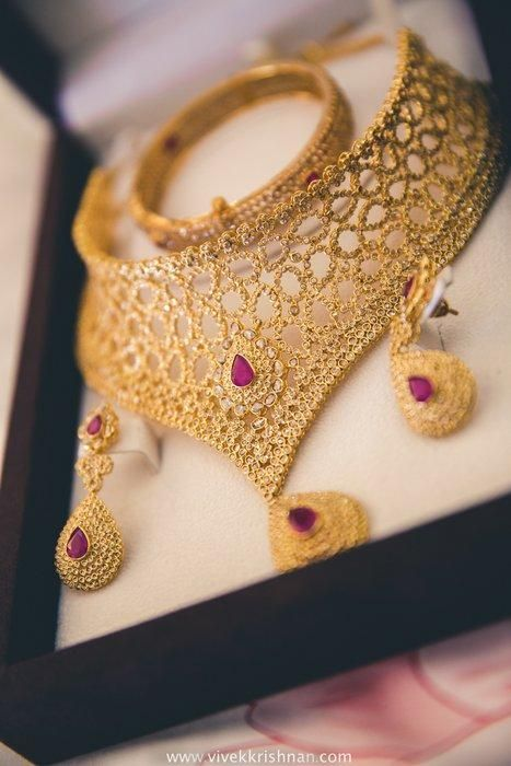Kerala weddings | Jaafer & Aasmiya wedding story | Wed Me Good