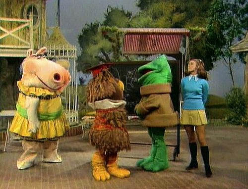 New Zoo Revue. Even at my tender young age, I knew these folks couldn't carry a tune in a bucket.