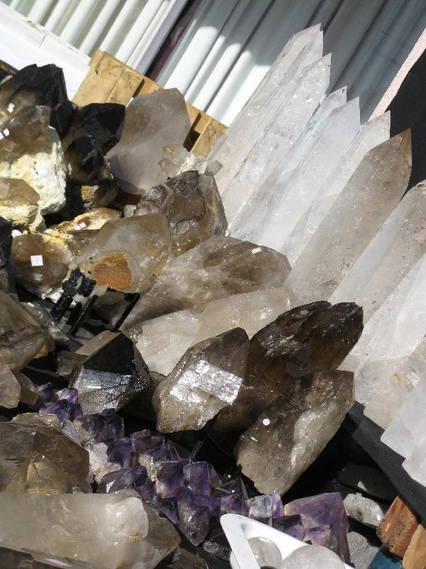 Tips, advice and strategies for saving money at the Tucson gem and Mineral Show