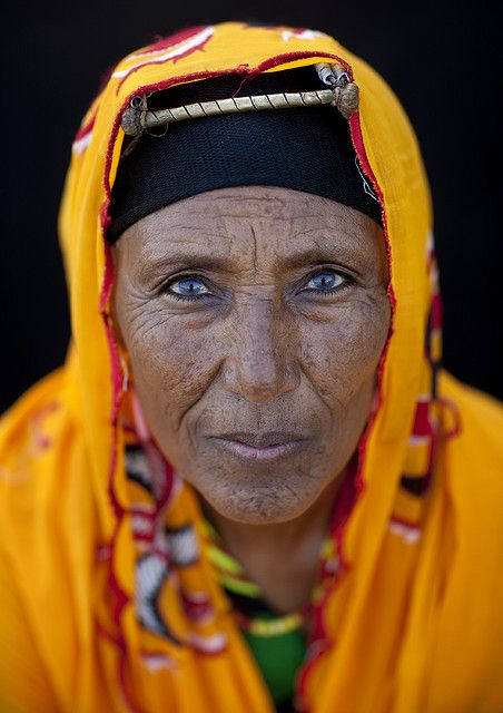 Gabbra woman - Kenya ~ she may have aged, but she did it with style and grace and has fire in her eyes