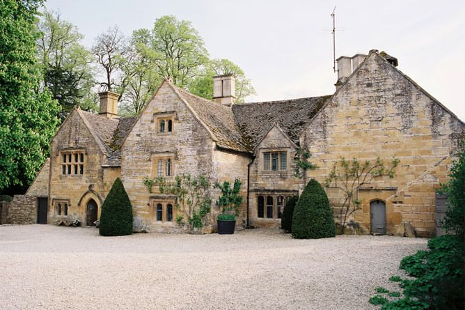 Temple Guiting Manor. a luxury mansion for rent in Gloucestershire dating from the 14th century, is my model for Cayton's estate, Anlic Manor.