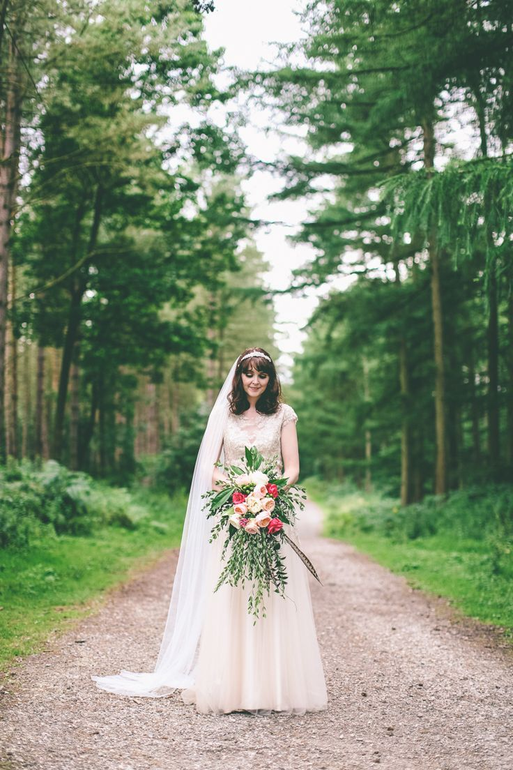 rustic woodland & birds outdoorsy wedding