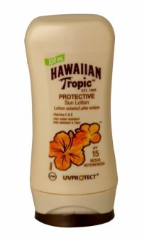 Hawaiian Tropic Protective Sun Lotion 100ml Spf 15 Irresistible Hawaiian Tropic lotion formula with exotic botanicals & advanced UVA & UVB protection - pampers and protects skin.