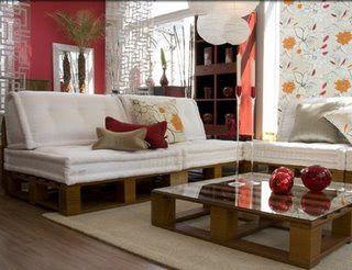 http://www.taringa.net/posts/hazlo-tu-mismo/13749126/Como-fabricar-muebles-con-palets-bricolaje.html
