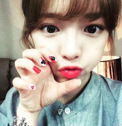 Image via We Heart It #korean #koreangirl #ulzzang #selca #mukbang