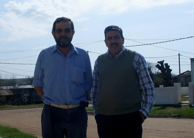 Año 2012: junto al Dr. Alberto González Pérez, en Vichadero, Departamento de Rivera.