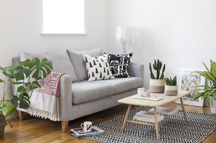 Grey Sofa Small Wooden Coffee Table Living Room Arrangements Wooden Floor White Walls In 2020 Living Room Furniture Layout Living Room Ideas Studio Small Living Rooms