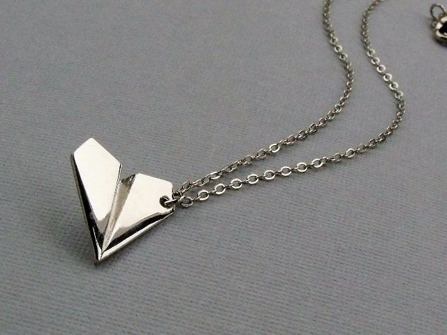 Want.: Paperairplane, One Direction, Harry Styles, Paper Airplane, Jewelry, Airplane Necklaces, Accessories, Paper Planes, Direction Harry