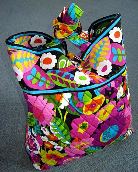 vera bradley purse! want this bag with this pattern so bad!
