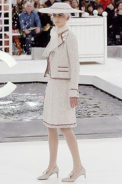 Chanel Spring 2005 Couture Collection Photos - Vogue