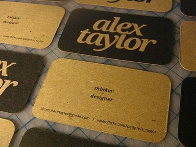 21 examples of minimal business card design