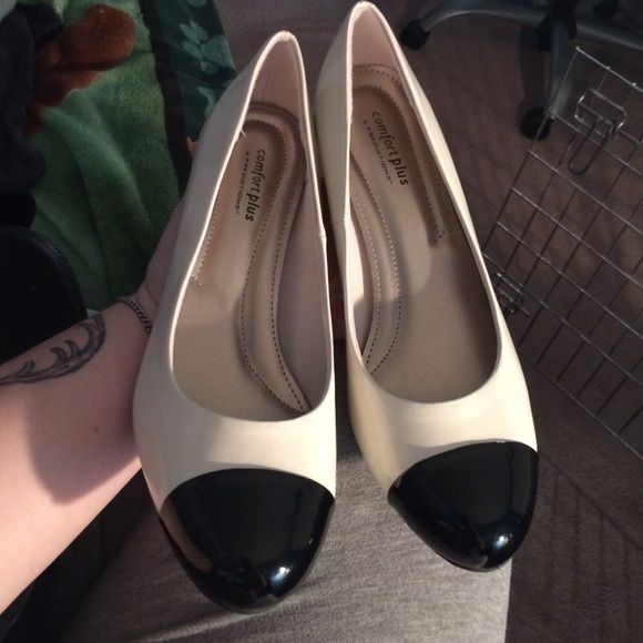 Brand new shoes Perfect business casual shoes never worn! Shoes Heels