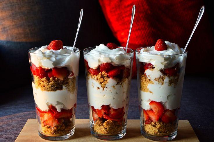 Dessert, Sund, Jordbær, Fløde, Yoghurt, Cookies, Sød