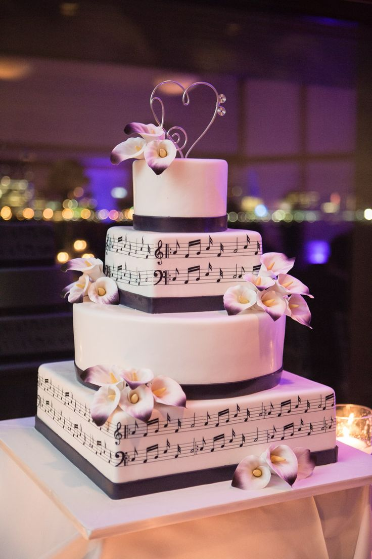 Music themed wedding cake - my wedding