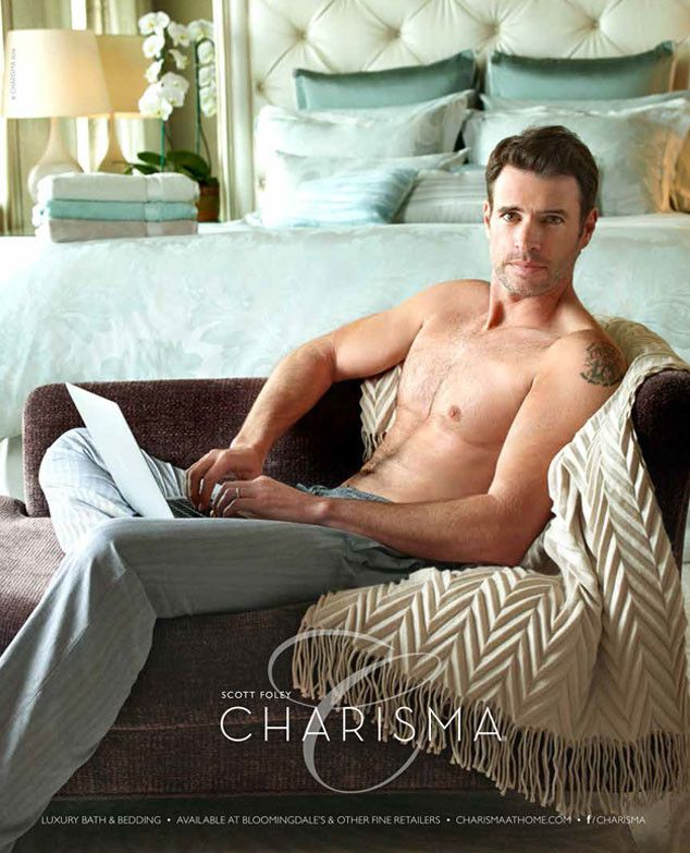 Scandal's Scott Foley Takes His Shirt Off in the Name of Linens