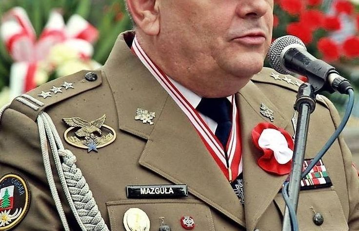 Otrzymaliśmy od naszego Czytelnika, Pana Andrzeja Ochała, artykuł na temat pułkownika Adama Mazguły i jego odznaczeń. Okazuje się, że jedno z nich, które dumnie prezentuje…