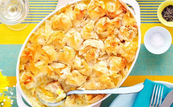 This creamy fish pie makes the perfect family dinner! Topped with a flaky filo pastry, it makes a delicious and easy recipe for a mid-week meal and is designed to serve six for those extra hungry kids!