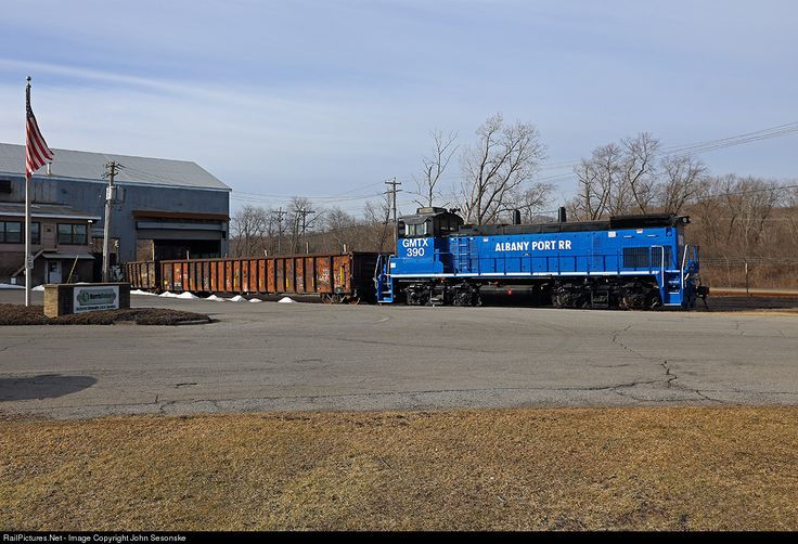 RailPictures.Net Photo: GMTX 390 Albany Port Railroad EMD MP15N at Albany, New York by John Sesonske