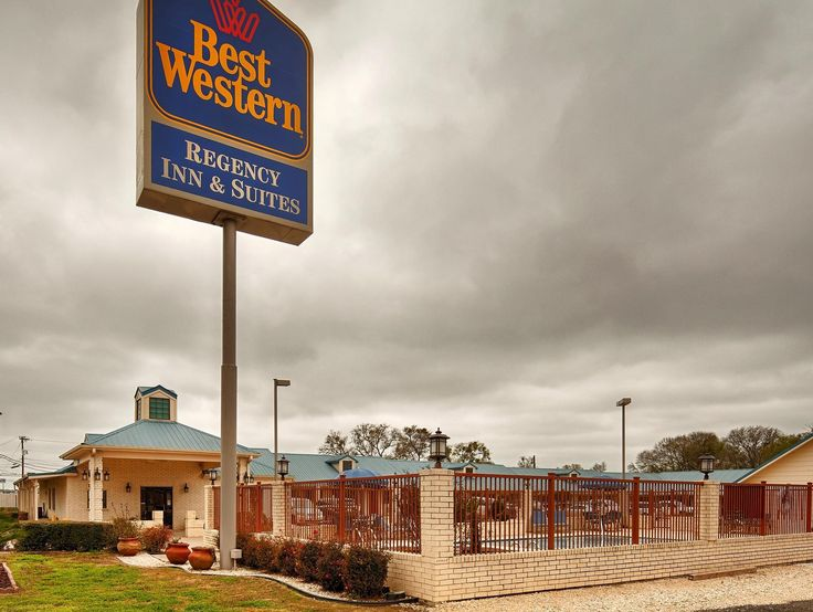 Gonzales (TX) Best Western Regency Inn and Suites United States, North America Best Western Regency Inn and Suites is perfectly located for both business and leisure guests in Gonzales (TX). The property features a wide range of facilities to make your stay a pleasant experience. Service-minded staff will welcome and guide you at the Best Western Regency Inn and Suites. Guestrooms are designed to provide an optimal level of comfort with welcoming decor and some offering conven...