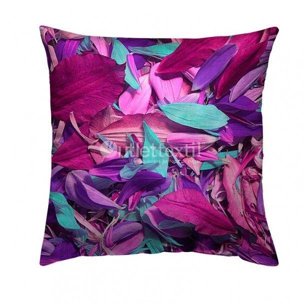 Cojín Decorativo 9103 Zebra Textil. Alegre funda de cojín decorativo de estampado digital en tonos rosas, morados y turquesa. Tienes a tu disposición la funda nórdica 9003 Zebra Textil para combinarla y crear un espacio original y colorido.