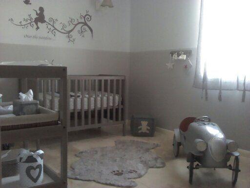 Chambre b b grise parents deco and google for Separation chambre parents bebe