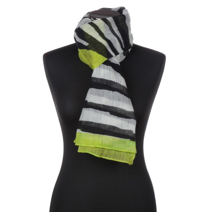 Lundorf Anya womens wool scarf in fine wool with print - Lundorf handsker
