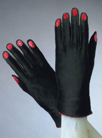 Elsa Schiaparelli Gloves 1936