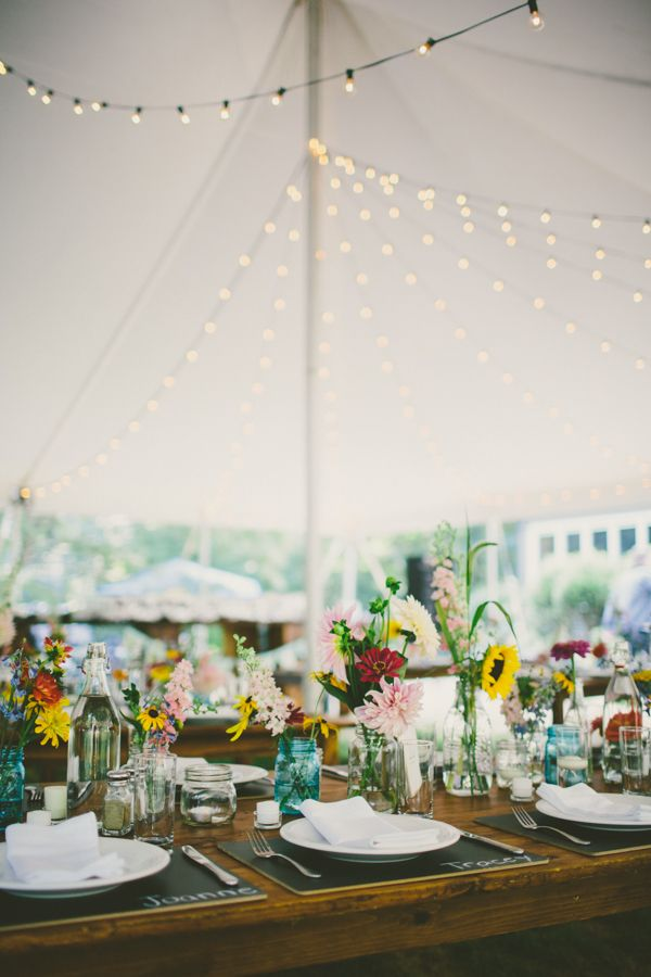 tent wedding reception http://www.weddingchicks.com/2013/09/25/colorful-backyard-wedding/