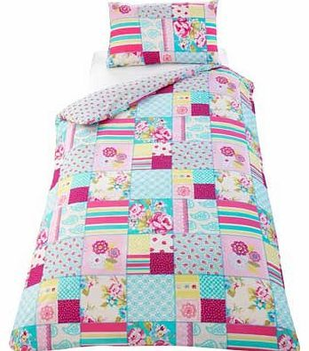 Floral Blocks Multicoloured Bedding Set - Single Bring some chic glamour to your bedroom with this Floral Blocks Duvet Cover Set. This duvet cover set includes a duvet cover and a pillowcase. Set includes 1 duvet cover and 1 pillowcase. Machine wash http://www.comparestoreprices.co.uk//floral-blocks-multicoloured-bedding-set--single.asp