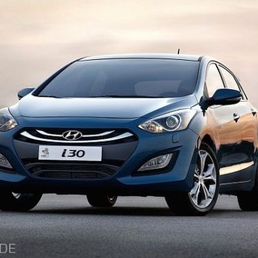 Niat Hyundai untuk memasarkan produk-produknya secara global benar-benar dibuktikan dengan hadirnya Hyundai i30 diesel.    Hyundai i30 merupakan hatcback bermesin diesel terbaru. Mobil kecil ini menggunakan mesin turbo diesel 1,6 liter. Dengan transmisi otomatis enam kecepatan.    Read more: http://auto.ghiboo.com/hyundai-i30-hatchback-bermesin-diesel