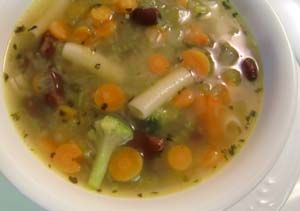 Gluten Free Vegetable Soup - use sweet potato instead of her potato suggestion for a heartier soup, otherwise this looks pretty yummy. I use organic chicken bouillon in my soup bases..healthier AND tastier!