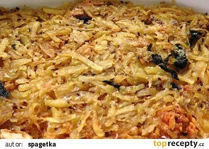 Zapečený bramborák se sýrem a česnekem recept - TopRecepty.cz